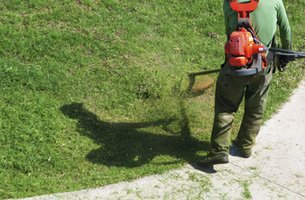 Lawn Mowing Service Milford MI - Landscaping Design Company - Earth Concepts Contracting - lawncare